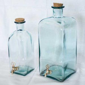 Staklena flaša sa slavinom